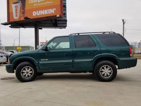 1998 GMC Envoy for sale at EURO MOTORS AUTO DEALER INC in Champaign IL