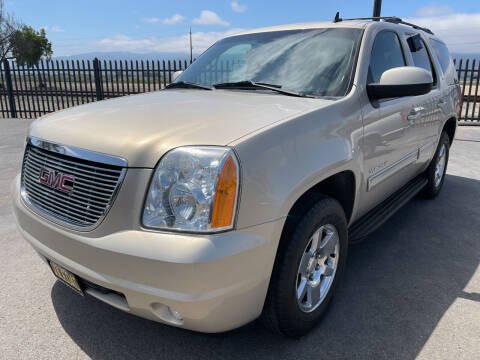 2009 GMC Yukon for sale at Soledad Auto Sales in Soledad CA
