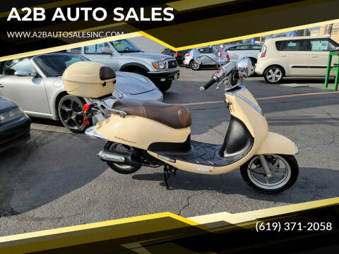 2010 Lance CALI CLASSIC 125 for sale at A2B AUTO SALES in Chula Vista CA