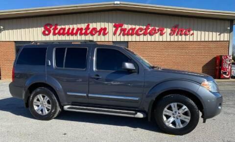 2011 Nissan Pathfinder for sale at STAUNTON TRACTOR INC in Staunton VA