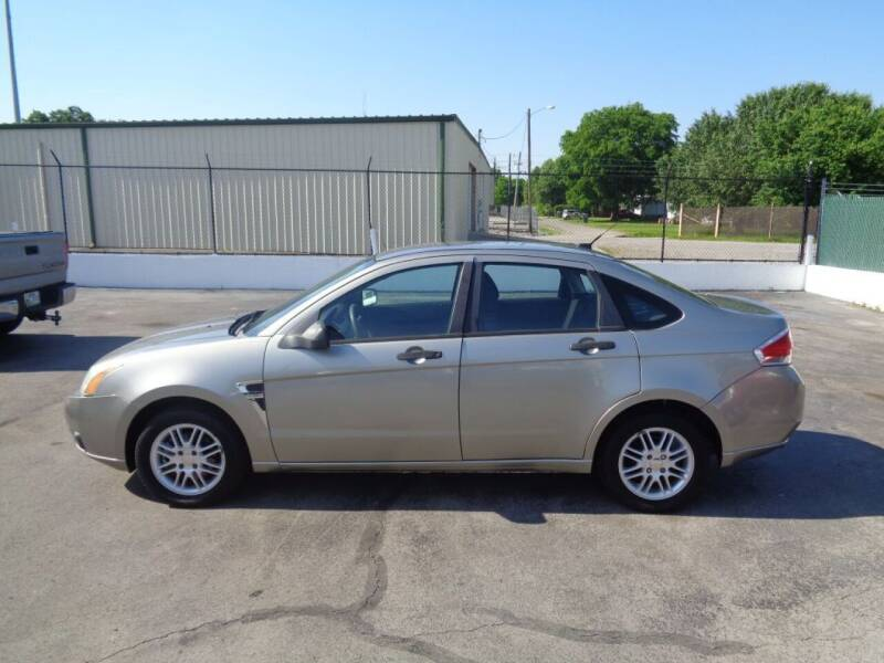2008 Ford Focus for sale at Cars Unlimited Inc in Lebanon TN