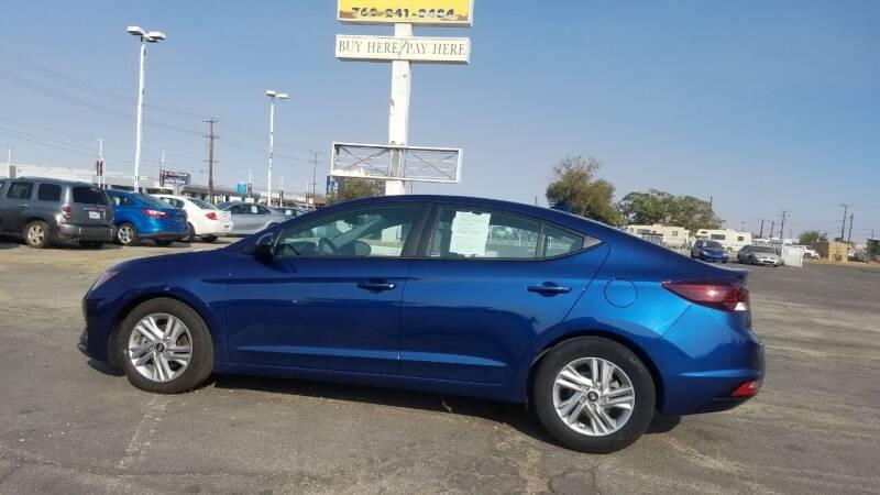 2020 Hyundai Elantra for sale at ELITE MOTORS in Victorville CA