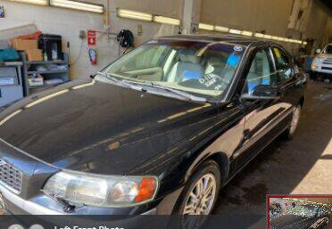 2004 Volvo S60 for sale at Green Light Auto in Sioux Falls SD