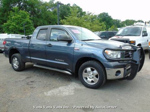 2007 Toyota Tundra for sale at Vans Vans Vans INC in Blauvelt NY