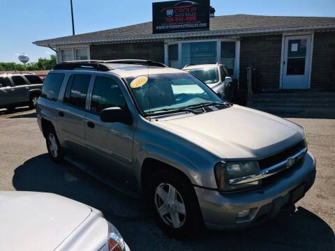 2003 Chevrolet TrailBlazer for sale at I57 Group Auto Sales in Country Club Hills IL