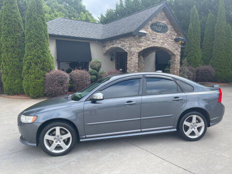 2010 Volvo S40 for sale at Hoyle Auto Sales in Taylorsville NC
