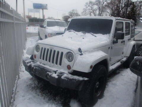 2013 Jeep Wrangler Unlimited for sale at SOUTHFIELD QUALITY CARS in Detroit MI