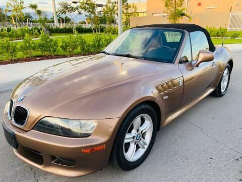 2000 BMW Z3 for sale at LA Motors Miami in Miami FL