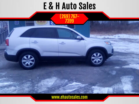 2013 Kia Sorento for sale at E & H Auto Sales in South Haven MI