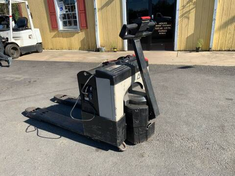 Crown Electric Pallet Jack 40cpw-4-14 for sale at Virginia Auto Mall in Woodford VA