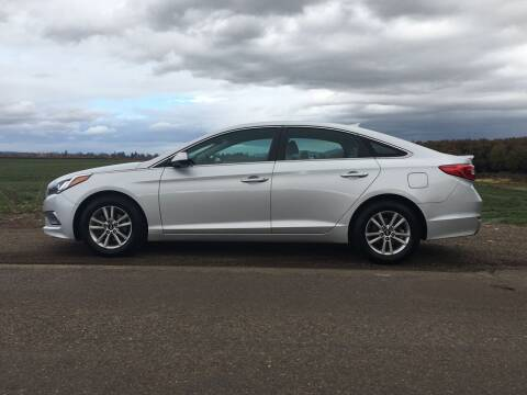 2015 Hyundai Sonata for sale at M AND S CAR SALES LLC in Independence OR