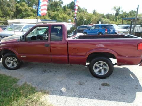 2000 Chevrolet S-10 for sale at SCOTT HARRISON MOTOR CO in Houston TX