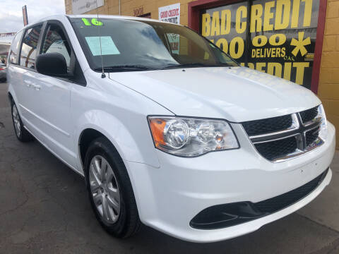 2016 Dodge Grand Caravan for sale at Sunday Car Company LLC in Phoenix AZ