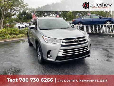 2018 Toyota Highlander for sale at AUTOSHOW SALES & SERVICE in Plantation FL