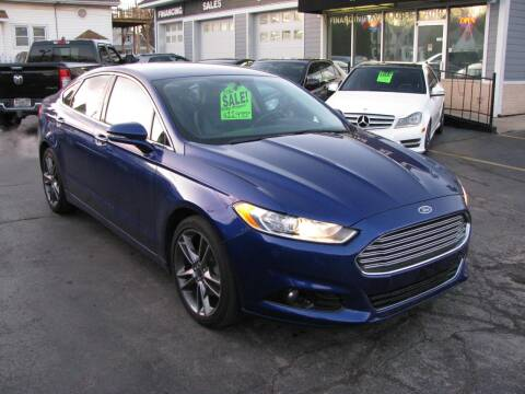 2016 Ford Fusion for sale at CLASSIC MOTOR CARS in West Allis WI