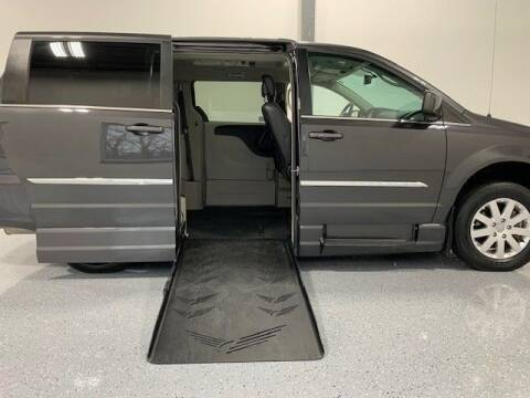 2015 Chrysler Town and Country for sale at AMS Vans in Tucker GA