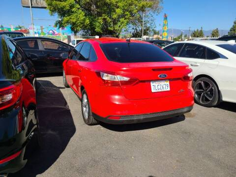 2013 Ford Focus for sale at E and M Auto Sales in Bloomington CA