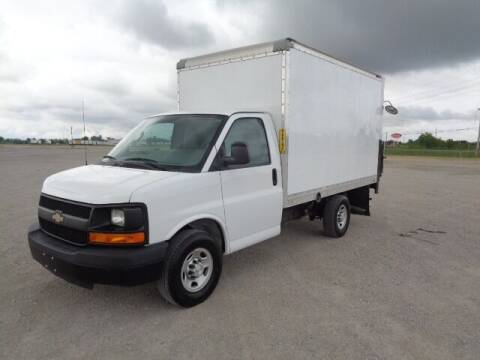 2016 Chevrolet Express Cutaway for sale at SLD Enterprises LLC in Sauget IL