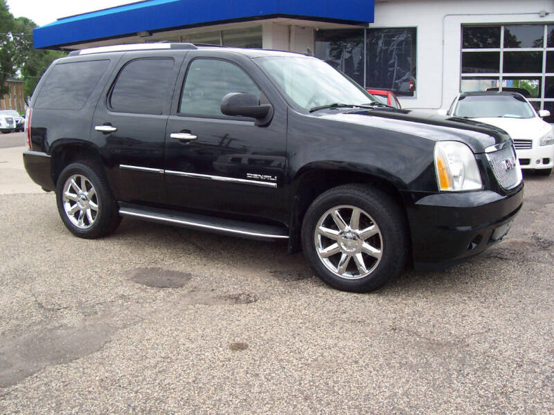 2010 GMC Yukon for sale at TOWER AUTO MART in Minneapolis MN