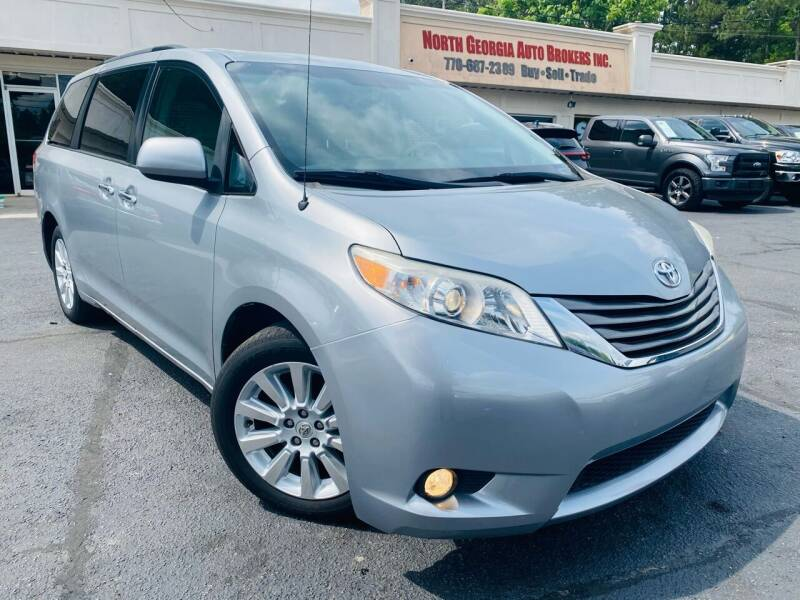 2012 Toyota Sienna for sale at North Georgia Auto Brokers in Snellville GA