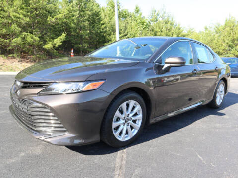 2018 Toyota Camry for sale at RUSTY WALLACE KIA OF KNOXVILLE in Knoxville TN