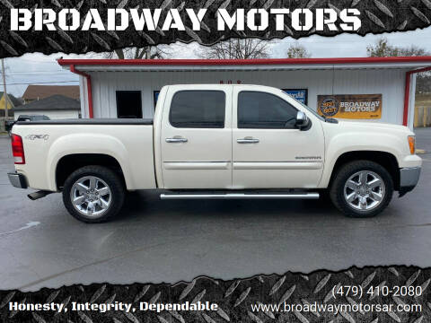 2013 GMC Sierra 1500 for sale at BROADWAY MOTORS in Van Buren AR