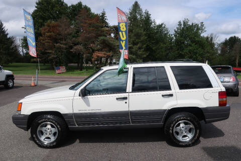 1996 Jeep Grand Cherokee for sale at GEG Automotive in Gilbertsville PA
