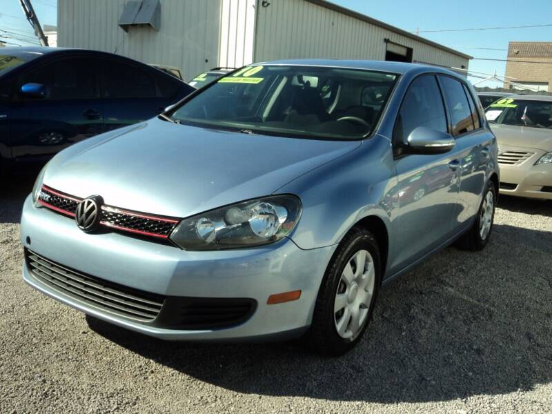 2010 Volkswagen Golf for sale at DESERT AUTO TRADER in Las Vegas NV
