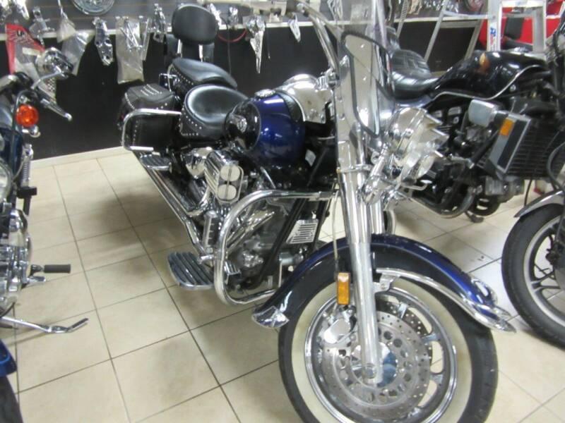 2003 Yamaha vstar 1600 for sale at Trinity Cycles in Burlington NC
