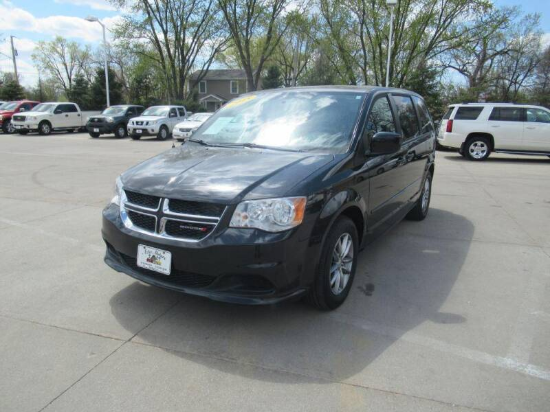2015 Dodge Grand Caravan for sale at Aztec Motors in Des Moines IA