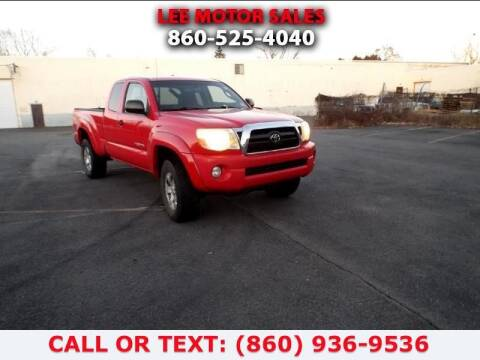 2006 Toyota Tacoma for sale at Lee Motor Sales Inc. in Hartford CT