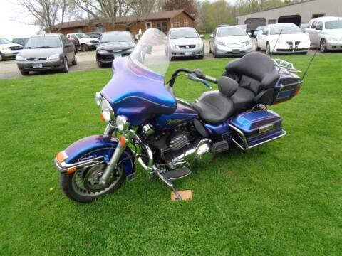 2009 HARLEY DAVIDSON ULTRA CLASSIC for sale at COUNTRYSIDE AUTO INC in Austin MN
