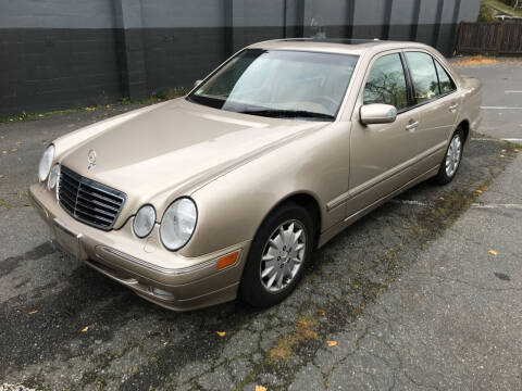 2000 Mercedes-Benz E-Class for sale at APX Auto Brokers in Lynnwood WA
