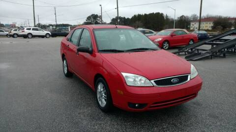 2007 Ford Focus for sale at Kelly & Kelly Supermarket of Cars in Fayetteville NC