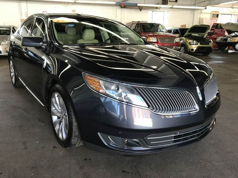 2013 Lincoln MKS for sale at John Warne Motors in Canonsburg PA