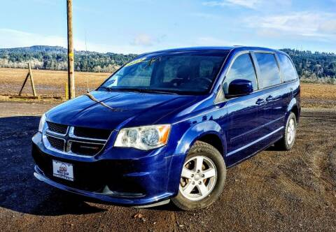 2013 Dodge Grand Caravan for sale at M AND S CAR SALES LLC in Independence OR