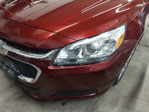 2015 Chevrolet Malibu for sale at Car Connection in Yorkville IL