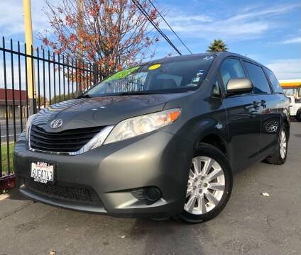 2012 Toyota Sienna for sale at LUGO AUTO GROUP in Sacramento CA