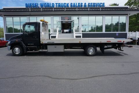 2008 Hino HINO 258 for sale at Diesel World Truck Sales in Plaistow NH