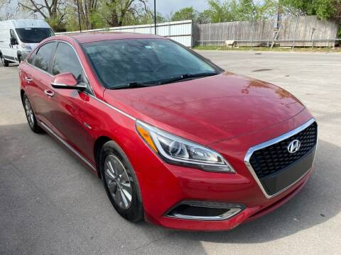 2016 Hyundai Sonata Hybrid for sale at Auto Solutions in Warr Acres OK