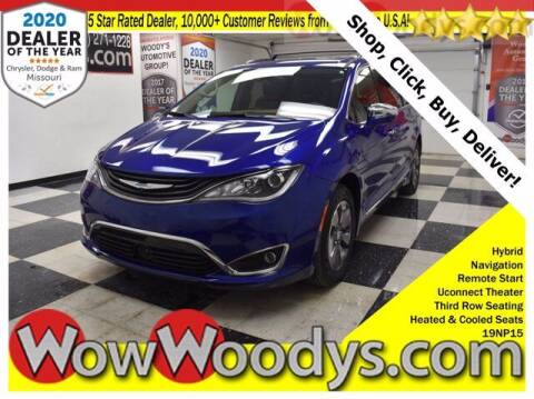 2019 Chrysler Pacifica Hybrid for sale at WOODY'S AUTOMOTIVE GROUP in Chillicothe MO