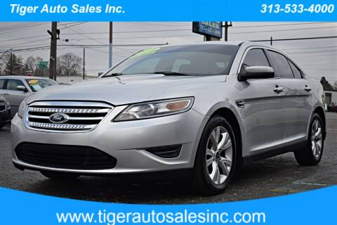 2011 Ford Taurus for sale at TIGER AUTO SALES INC in Redford MI