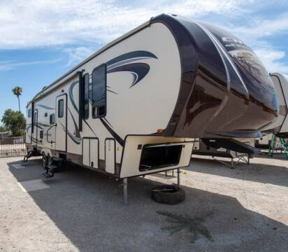 2016 Sierra By Forest River Sierra Select Fifth Wheel for sale at GQC AUTO SALES in San Bernardino CA