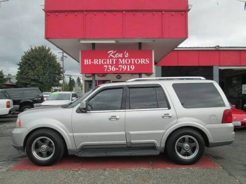 2004 Lincoln Navigator for sale at Bi Right Motors in Centralia WA
