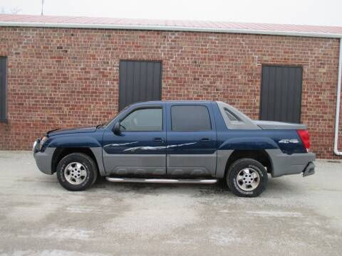 2002 Chevrolet Avalanche for sale at Styln Motors in El Paso IL