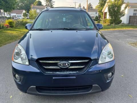 2007 Kia Rondo for sale at Via Roma Auto Sales in Columbus OH
