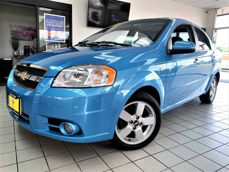 2007 Chevrolet Aveo for sale at SAINT CHARLES MOTORCARS in Saint Charles IL