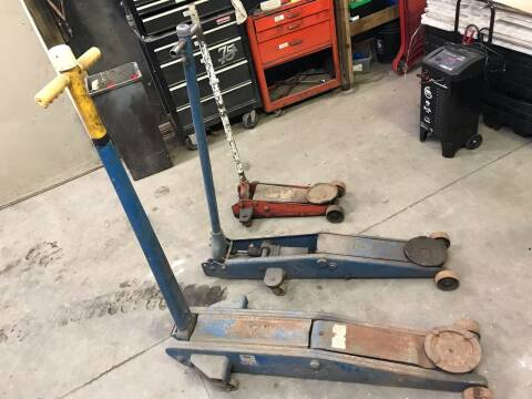 FLOOR JACKS FLOOR JACKS for sale at ACE HARDWARE OF ELLSWORTH dba ACE EQUIPMENT in Canfield OH