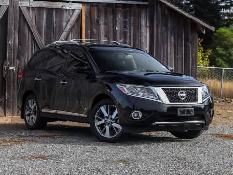 2014 Nissan Pathfinder Hybrid for sale at LKL Motors in Puyallup WA