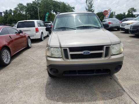 2005 Ford Explorer Sport Trac for sale at FAMILY AUTO BROKERS in Longwood FL